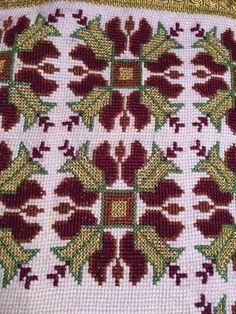 Needlepoint, Cross Stitch, Fabrics, Diy Crafts, Zoom Zoom, Crochet, Ph, Bohemian, Watch