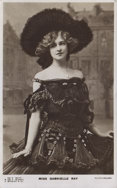"""Gabrielle Ray as """"Thisbe"""" in """"The Orchid"""" 1903 (J. Beagles G 729 P)"""