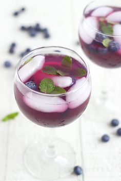 Blueberry Drink / Blueberry Lemonade | Feed Your Temptations