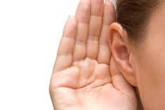 """""""If you have trouble hearing someone at a party or on the phone, use your right ear. It's better at picking up rapid speech. But, the left is better at picking up music tones. Alternately, push back that little flap of cartilage in your ear and lean in. Remedios Congestion Nasal, Intuition, Relationship Building Skills, Health And Wellness, Health Tips, Nutrition Tips, Coaching, Menu Dieta, Good Listener"""