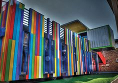 Amazing shipping container conversion for Johannesburg school kids. Container Architecture, Container Buildings, Eco Architecture, Shipping Container Conversions, Shipping Container Homes, Shipping Containers, Sea Containers, Modern Prefab Homes, Modular Homes