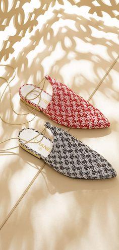 Slippers com tweed brilhante e... - CHANEL