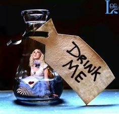 Dear Alice fell in the bottle.She may just be in need of an AA meeting (Alice Anonymous) Lewis Carroll, Alice In Wonderland Photography, Go Ask Alice, Dear Alice, Inspiration Artistique, Alice Madness, Festa Party, Were All Mad Here, Mad Hatter Tea