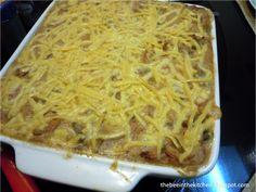 tuna casserole: holds like a pie, layers like a lasagna, and as creamy as your alfredo =) try try! Tuna Casserole, Lasagna, Macaroni And Cheese, Layers, Appetizers, Pie, Dishes, Casseroles, Ethnic Recipes
