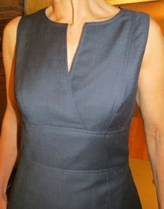Sewing Dresses The Sewing Lawyer: Unfinished business Simple Dresses, Casual Dresses, Fashion Dresses, Dresses For Work, Kurta Designs, Blouse Designs, Sewing Clothes, Diy Clothes, Clothing Patterns