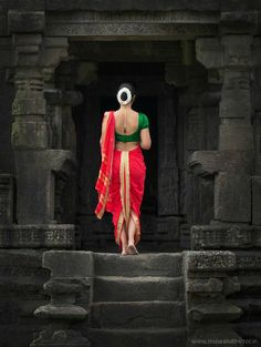 Portrait Photography Poses, Indian Wedding Photography, Girl Photography Poses, Creative Photography, Feminine Photography, Village Photography, People Photography, Beach Photography, Portraits