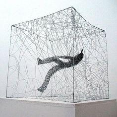 Urbanised wire sculptures Barbara Licha 4