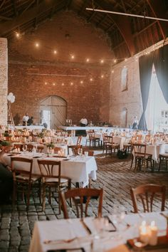 Farm Wedding, Wedding Tips, Wedding Table, Decoration Table, Wedding Locations, Got Married, Wedding Inspiration, Vintage, Weeding