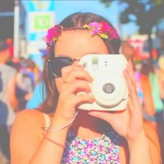 ☀︎☾↣naturegirl145↢☽☀︎ Cute Ipod Cases, Glitch Gif, Tumblr Quality, Bright Colors, Colours, Queen, Best Camera, Camera Accessories, Fujifilm Instax Mini