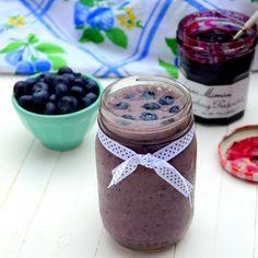 Blueberry Pie Smoothie via @ashleymelillo