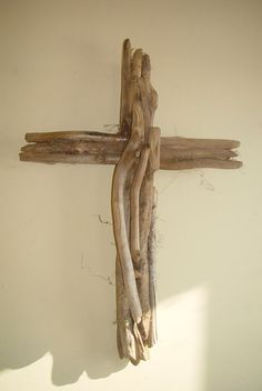 Medium Driftwood Wall Cross that reflects by EagleCountryCreation