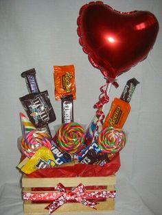Xmas Gifts, Valentine Gifts, Diy Gifts, Friend Birthday Gifts, Diy Birthday, Indian Beadwork, Candy Art, Chocolate Bouquet, Boyfriend Anniversary Gifts