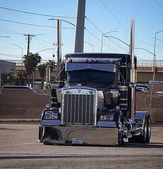 Show Trucks, Big Rig Trucks, Heavy Duty Trucks, Heavy Truck, Custom Big Rigs, Custom Trucks, Peterbilt Trucks, Peterbilt 359, Trucks And Girls