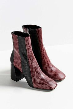 572c42b855b Slide View  6  Crosswalk Striped Leather Ankle Boot Chelsea Boots