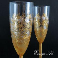 Hand painted toasting flutes, wedding glasses, champagne flutes, champagne glasses, golden wedding, anniversay gift, gift couple, set of 2