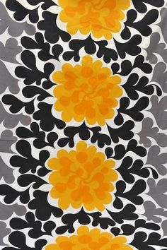 black // gray // yellow // floral