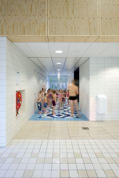 #8216;De Heuvelrand#8217; Voorthuizen Swimming Pool / Slangen Koenis Architecten