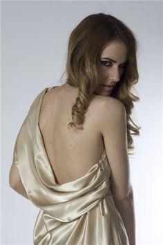 vestido dorado 2