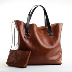 Handmade Large Leather Tote Bag in Whiskey Brown par reggieross, $295.00