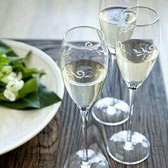 Pentik Vanilja. Finland Marimekko, Helsinki, Finland, Tablescapes, Tableware, Table Settings, Cottage, Wine, Dishes