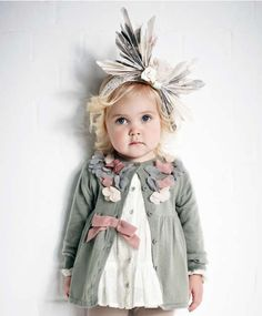 Kids with qwerky clothes look so adorable, don't they?