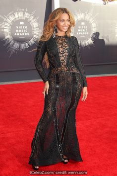 Beyonce Knowles The 2014 MTV Video Music Awards at The Forum http://icelebz.com/events/the_2014_mtv_video_music_awards_at_the_forum/photo8.html