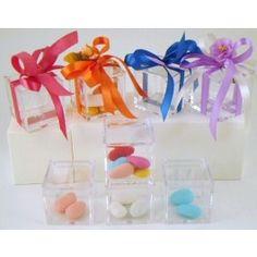 Scatoline acriliche trasparenti http://www.ecletticashop.com/shop/wedding-store/scatole-e-sacchetti/scatoline-acriliche-trasparenti.html