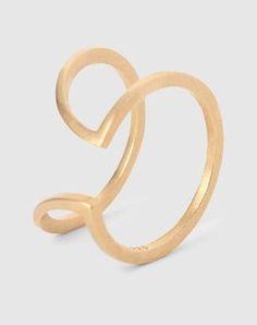 Gebogener Ring von By Boe - EDITED.de