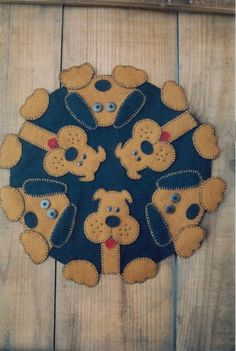 Primitive Wool Lique Penny Rug Pattern Dog Puppy Paws New
