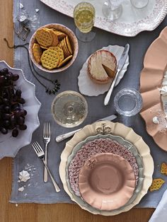 The Fleur De Lys Dinnerware is a collection of ladylike stoneware, trimmed with ruffle and topped with a dainty flower.