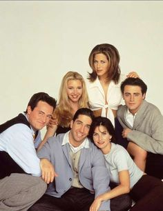 Teníamos que hablar de Friends, claro. Una de las series más influyentes. La forma de vestir de Móni... - Copyright © 2015 Hearst Magazines, S.L.