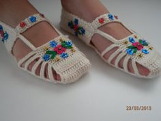 Crochet home sandals beaded embroidery by ElaEda on Etsy, $14.99
