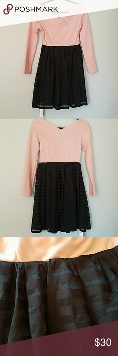 """NWT CECIL McBEE V Neck Dress Brand new imported from Japan Beautiful low shoulder sleeves with V-neck collar Lined skirt JP Women's Size M  Runs small Length 35.5"""" Bust 34"""" Waist 27"""" Clean smoke free home CECIL McBEE  Dresses Long Sleeve"""