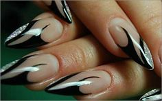 Try some of these designs and give your nails a quick makeover, gallery of unique nail art designs for any season. The best images and creative ideas for your nails. Nail Art Hacks, Nail Art Diy, Cool Nail Art, Diy Nails, Creative Nail Designs, Creative Nails, Nail Art Designs, Crazy Nail Art, Crazy Nails