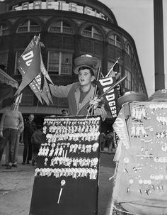 A boy sells souvenirs outside Ebbets Field, home of the Brooklyn Dodgers from 1913 to (Corbis) SI VAULT: An ode to Ebbets Field New York Stadium, Stadium Tour, Yankee Stadium, Baseball Park, Dodgers Baseball, Baseball Stuff, Sports Stadium, Dodger Blue, Washington Nationals