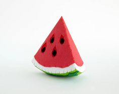 This listing includes 1 toy Watermelon I suggest you to buy realistic stuffed toys, made of felt for your little ones. For playing the Garden Harvest Kitchen Shop etc. ————————————————————— ♥ unique design, are just like real ♥ small (4 ⅛ in) and light (0,7 oz) ♥ safe for your children - do