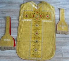 ANTIQUE FRENCH 18TH-CENTURY SET 3 RELIGIOUS ORNEMENTS CHASUBLE STOLE MANIPULE