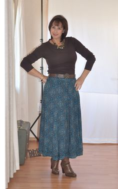 Maxi skirt with brown boots and a brown top.  Womens winter looks.