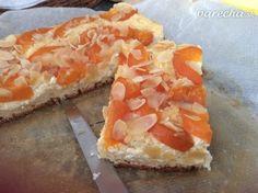Kysnutý koláč s tvarohom a jablkami - recept   Varecha.sk Cheesecake, Desserts, Food, Tailgate Desserts, Deserts, Cheesecakes, Essen, Postres, Meals