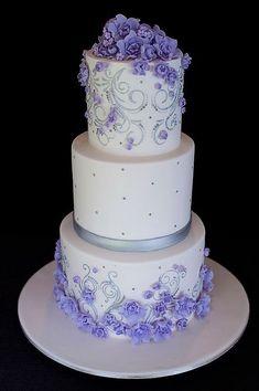 Unique Wedding Cakes Ideas For Your Special Moment 08 Crazy Wedding Cakes, Purple Wedding Cakes, Wedding Cake Photos, Elegant Wedding Cakes, Elegant Cakes, Beautiful Wedding Cakes, Gorgeous Cakes, Wedding Cake Designs, Pretty Cakes
