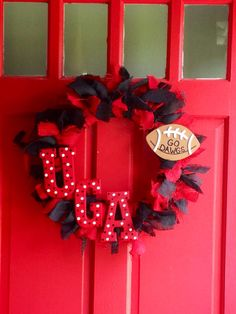 Georgia Football Wreath, UGA  on Etsy, $40.00..I feel like I could make this for Michigan State