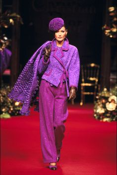 Carla Bruni in Dior   - HarpersBAZAAR.com
