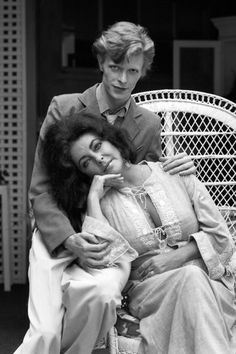 David Bowie and Elizabeth Taylor photographed by Terry O'Neill in Beverly Hills, Angela Bowie, David Bowie, Terry O Neill, Rock & Pop, Rock And Roll, Elizabeth Taylor, Queen Elizabeth, Duncan Jones, Happy Heavenly Birthday