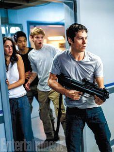 First Look: Dylan O'Brien meets a world of danger in 'Maze Runner: The Scorch Trials' | EW.com