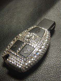 Mercedes-Benz intelligent key Swarovski construction