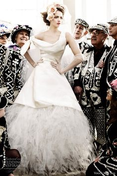 Vivienne Westwood, by Mario Testino for Vogue UK British bridal de. Vogue Uk, Wedding Dresses Uk, Bridal Gowns, Bridal Shoot, Gown Wedding, Wedding Bride, Party Dresses, Mode Punk Rock, Vivienne Westwood Wedding Dress