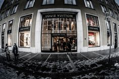 retail bouncer by Markus Berger on 500px