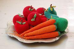 fruit mix by studiosoil Crochet Food, Crochet For Kids, Crochet Things, Amigurumi Patterns, Crochet Patterns, Needlework, Applique, Baby Shoes, Knitting