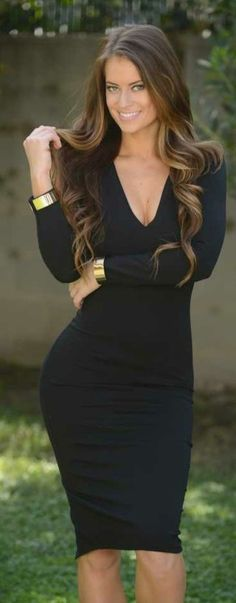 Deep v fitted bodycon dress