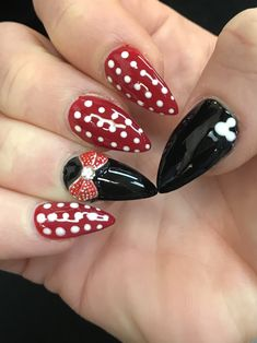 Disney nails Minnie Mouse stiletto nails